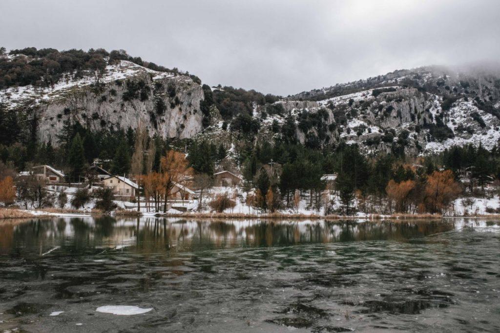 Lago di Piano Zucchi con la neve