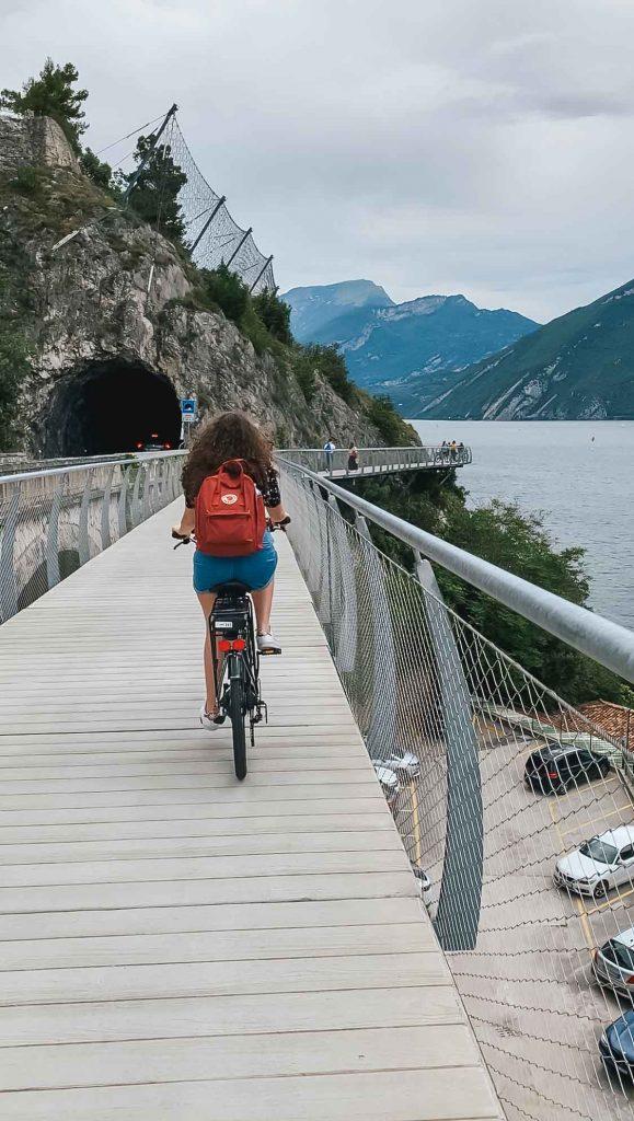 Pista ciclabile sul Lago di Garda: la Ciclopedonale di Limone sul Garda